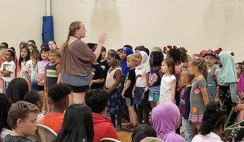 "Central Park Elementary kindergartners sang ""Thank You"" to sixth graders"